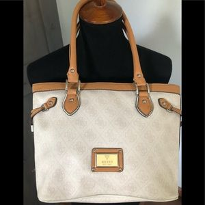 Guess Scandal medium size handbag